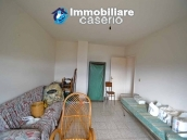 Habitable house with garden for sale in the medieval village Castelbottaccio, Molise 16