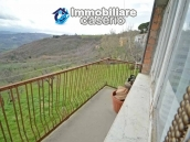 Habitable house with garden for sale in the medieval village Castelbottaccio, Molise 8