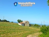 Ancient stone house with 6 hectares for sale in Abruzzo, Atessa 1