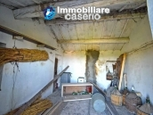 Ancient stone house with 6 hectares for sale in Abruzzo, Atessa 16