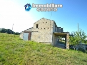 Ancient stone house with 6 hectares for sale in Abruzzo, Atessa 2