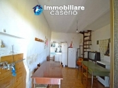 Ancient stone house with 6 hectares for sale in Abruzzo, Atessa 4