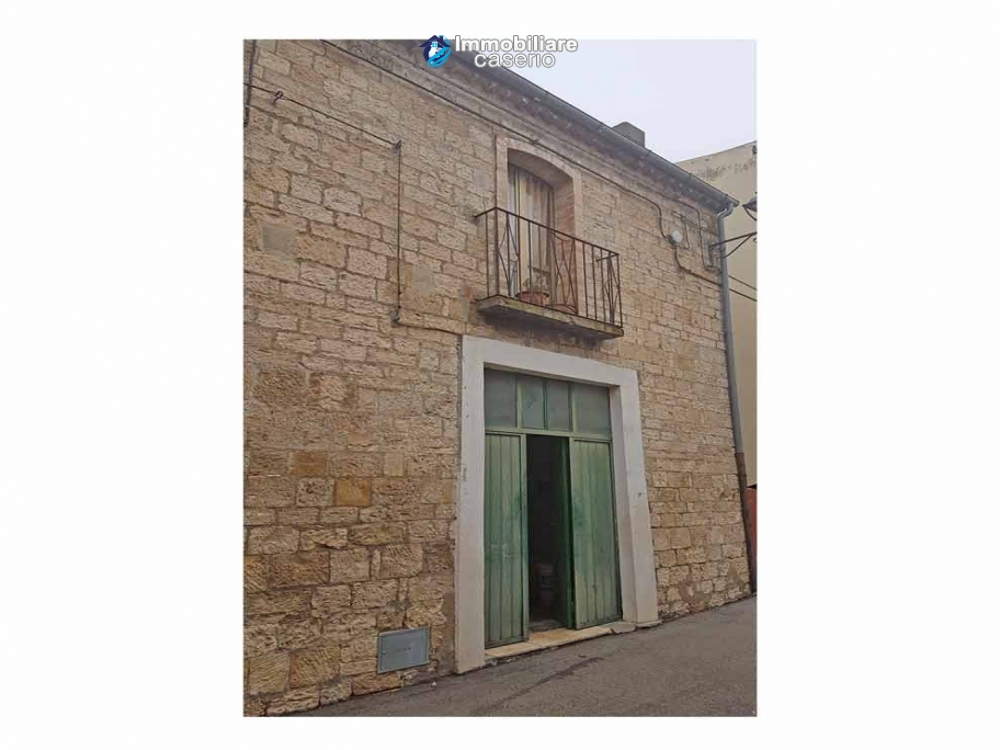 Small house in good condition for sale in Palata, Molise