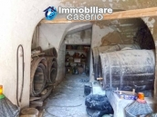 Ancient and spacious stone farmhouse located in a very scenic area for sale Molise 8