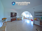 Town House with terrace, garden and garage for sale in the Molise Region, Italy 23