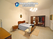 Town House with terrace, garden and garage for sale in the Molise Region, Italy 28