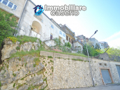 Town House with terrace, garden and garage for sale in the Molise Region, Italy 37