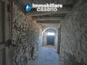 Town House with terrace, garden and garage for sale in the Molise Region, Italy 7