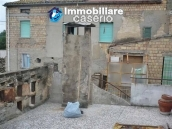 House of ancient stone, with terrace for sale in Frisa, not far from Lanciano 4
