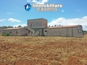 Ancient stone farmhouse, building with tower dating back to 1600 for sale in Apulia 11