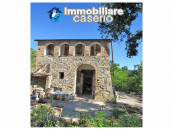 Stone country house in an secluded sunny position for sale in Pescara 1