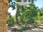 Stone country house in an secluded sunny position for sale in Pescara 3