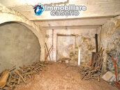 Two-storey house with cellars and small terrace for sale in Tavenna, Molise, Italy 17