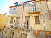 Two-storey house with cellars and small terrace for sale in Tavenna, Molise, Italy 1
