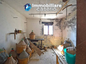 Two-storey house with cellars for sale in Tavenna, Molise 10