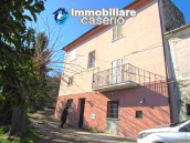 Property for sale in the countryside of Archi, 30 minutes by the sea, Abruzzo 3
