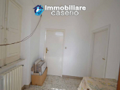 Independent country house with garages, terrace and land for sale in Molise Region 9