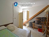 Independent country house with garages, terrace and land for sale in Molise Region 11