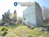 Independent country house with garages, terrace and land for sale in Molise Region 16