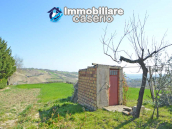 Independent country house with garages, terrace and land for sale in Molise Region 19