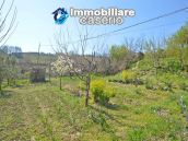 Independent country house with garages, terrace and land for sale in Molise Region 25