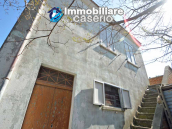 Independent country house with garages, terrace and land for sale in Molise Region 7