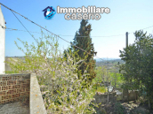 Independent country house with garages, terrace and land for sale in Molise Region 8