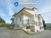 Independent house surrounded by greenery for sale Montenero di Bisaccia, Molise 1