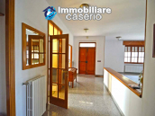 Independent house surrounded by greenery for sale Montenero di Bisaccia, Molise 4