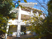Country house with garden for sale in Pollutri, 15 minutes from the sea, Abruzzo 1