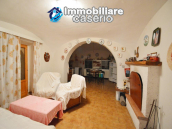 Country house with garden for sale in Pollutri, 15 minutes from the sea, Abruzzo 11