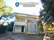 Country house with garden for sale in Pollutri, 15 minutes from the sea, Abruzzo 3