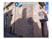 House in the village with adjacent garden for sale in the Molise Region 1