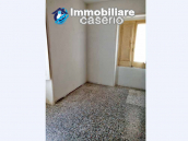 House in the village with adjacent garden for sale in the Molise Region 10