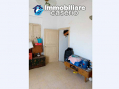 House in the village with adjacent garden for sale in the Molise Region 9