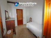 Habitable house with land and garage/outbuilding for sale in the Abruzzo region 13