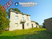 Country house for sale in Atessa, with panoramic terrace on the Abruzzo hills, Italy 1