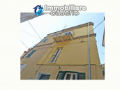 Renovated town house with terrace for sale in the center of Casalbordino, Italy 21