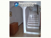 Town house ready to be habitable for sale in the Abruzzo, 20min. from the sea 8
