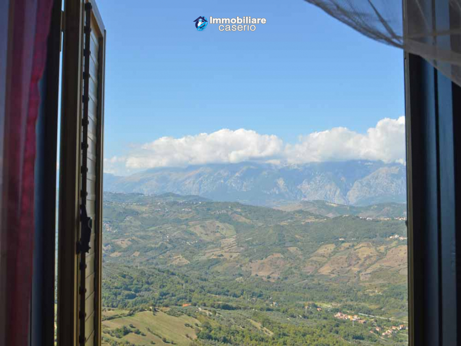 Stone house with panoramic view for sale in Archi, Abruzzo, Italy
