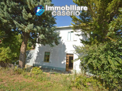 Spacious house with land and garage for sale in the Abruzzo Region, Italy 2