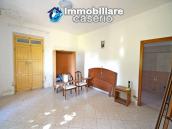 Spacious house with land and garage for sale in the Abruzzo Region, Italy 6