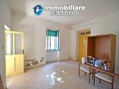 Spacious house with land and garage for sale in the Abruzzo Region, Italy 7