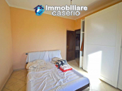 Detached country house with land and wooden veranda for sale in Carunchio 11