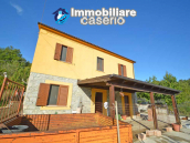 Detached country house with land and wooden veranda for sale in Carunchio 2