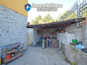 Detached country house with land and wooden veranda for sale in Carunchio 24