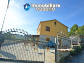 Detached country house with land and wooden veranda for sale in Carunchio 25