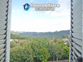 Town house with views of the hills for sale in the Abruzzo region 1