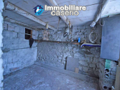 Town house with views of the hills for sale in the Abruzzo region 11