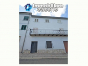 Town house with views of the hills for sale in the Abruzzo region 14